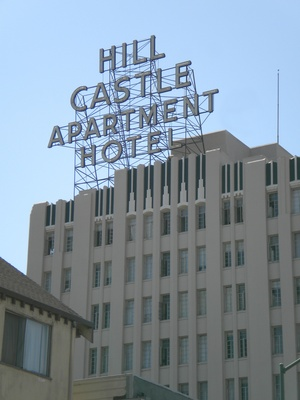 Hill Castle Apartment Hotel