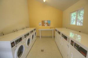 Stonegate Village Apartments - Davis - LocalWiki