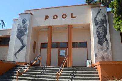 Defremery pool oakland localwiki for Public swimming pools oakland ca