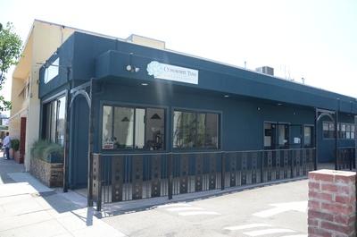 Communite Table Oakland LocalWiki - Communite table