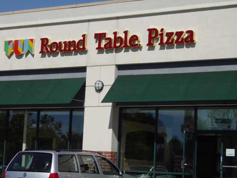 Round Table Pizza Davis LocalWiki - Round table delivery fee